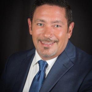 Daniel J Perez Sr